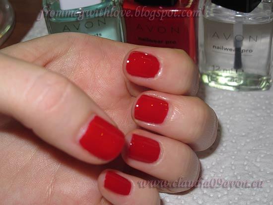 Manichiura rosie Real Red Avon 4